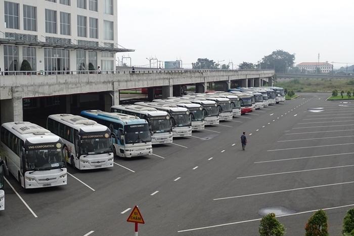 Cận cảnh bến xe lớn nhất cả nước mới đi vào hoạt động tại TP.HCM - Ảnh 1