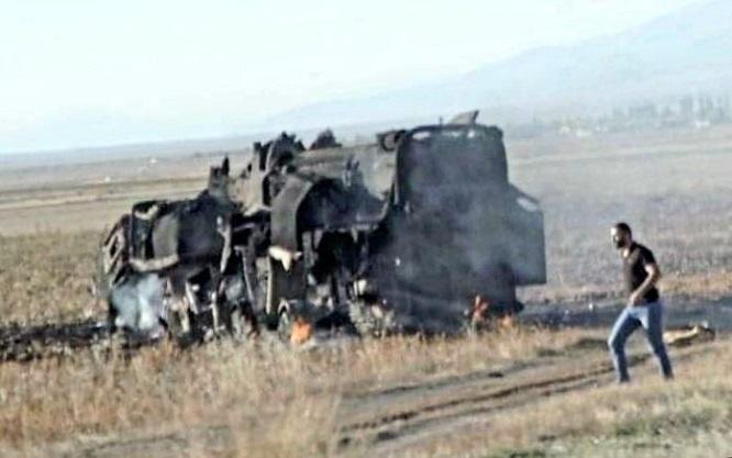 Tên lửa đạn đạo cực mạnh của Armenia bị UAV cảm tử Azerbaijan thiêu rụi - Ảnh 1