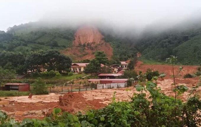 Vụ lở núi vùi lấp 22 cán bộ, chiến sĩ tại Quảng Trị: Ám ảnh tiếng kẻng báo động dồn dập trong đêm - Ảnh 1