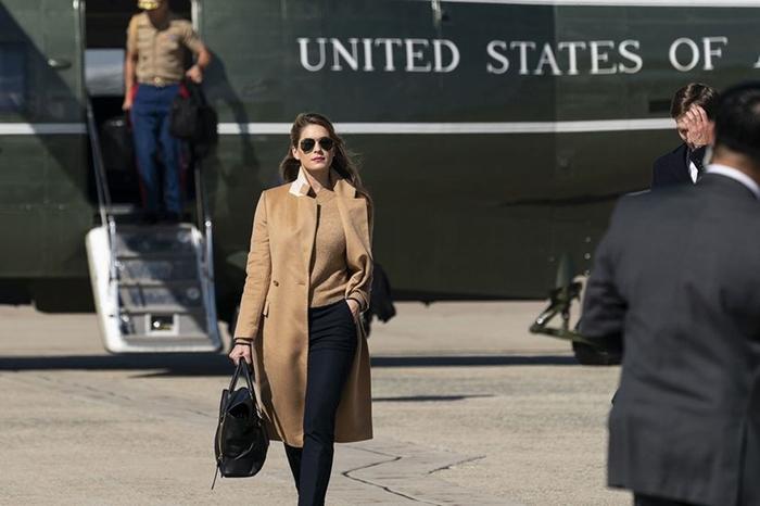 Nữ trợ lý thân cận bậc nhất của ông Trump: Nhan sắc cực phẩm, khả năng ngoại giao đỉnh cao - Ảnh 6
