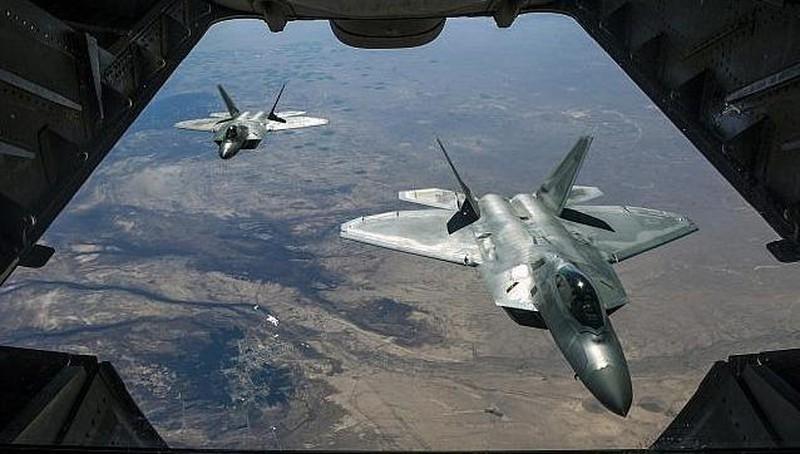 """Tin tức quân sự mới nóng nhất ngày 1/11: Mỹ phê duyệt thương vụ bán """"kẻ săn mồi"""" F-22 cho Israel - Ảnh 1"""