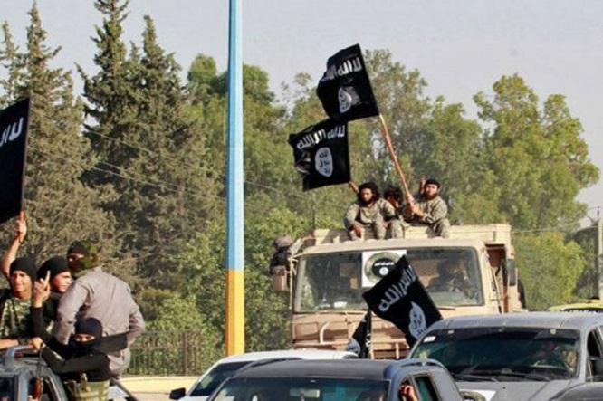 Tin tức quân sự mới nóng nhất ngày 27/11: IS tấn công quân đội Syria gần đường cao tốc chiến lược - Ảnh 1