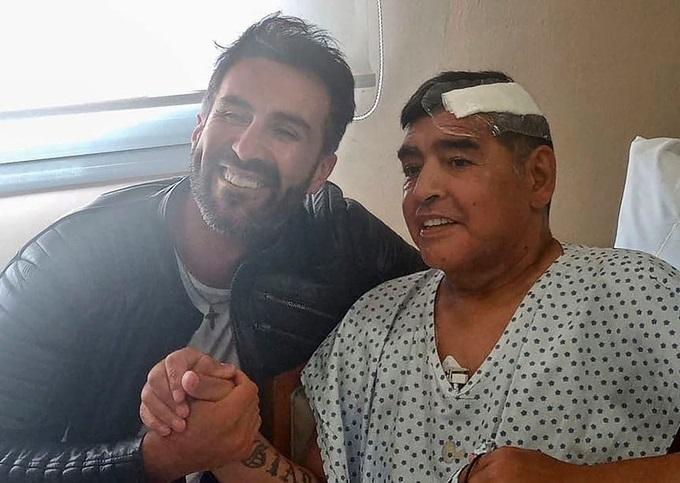 Huyền thoại Maradona qua đời: Bác sĩ riêng bị điều tra, tịch thu nhiều tài liệu quan trọng - Ảnh 1