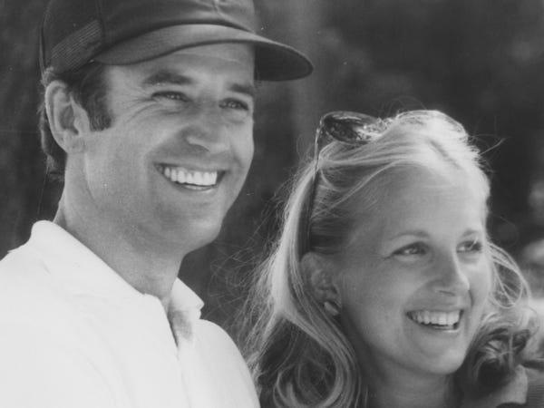 """Chân dung đóa hồng """"hồi sinh"""" ông Joe Biden từ đau thương, sát cánh suốt hơn 40 năm  - Ảnh 2"""