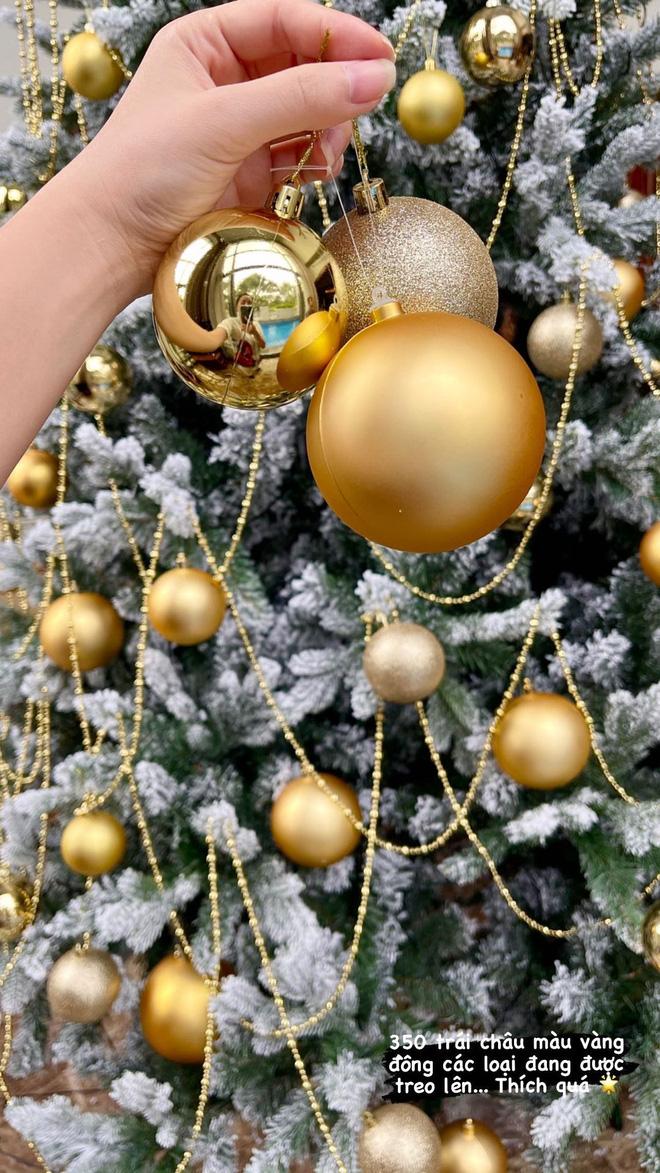 Chiêm ngưỡng căn biệt thự được trang hoàng lung linh của Bảo Thy trong mùa Giáng sinh - Ảnh 5