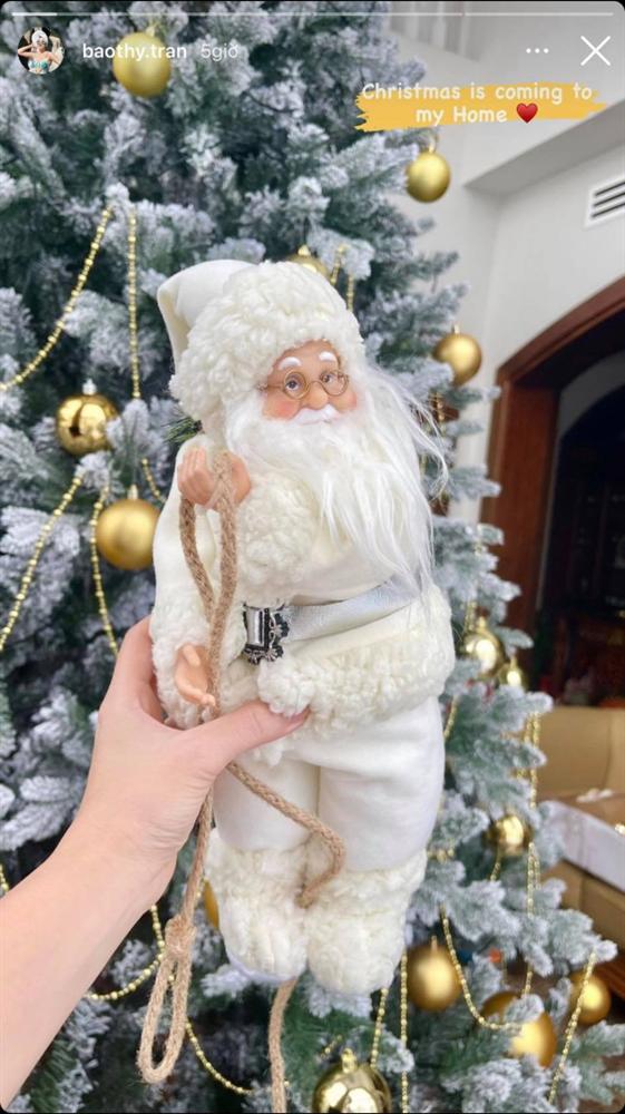 Chiêm ngưỡng căn biệt thự được trang hoàng lung linh của Bảo Thy trong mùa Giáng sinh - Ảnh 6