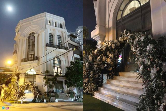 Chiêm ngưỡng căn biệt thự được trang hoàng lung linh của Bảo Thy trong mùa Giáng sinh - Ảnh 8