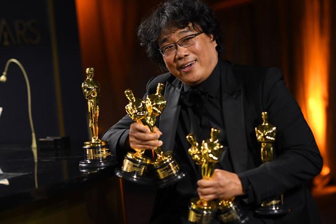 Tổng thống Hàn Quốc chúc mừng thành công vang dội của đoàn làm phim 'Parasite' - Ảnh 2