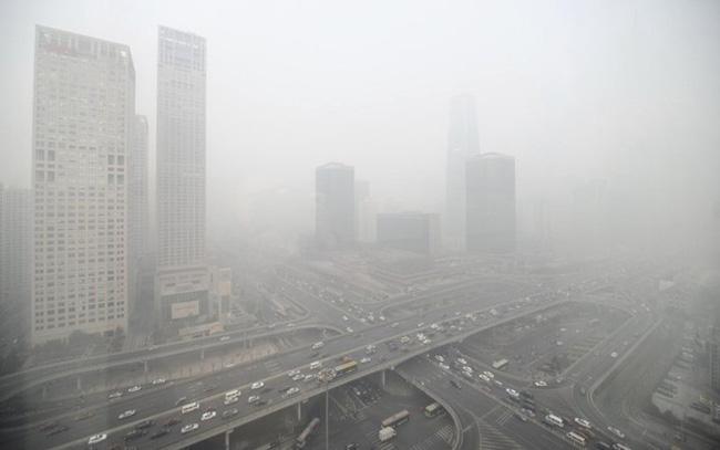 Bắc Kinh vẫn ô nhiễm không khí dù lưu lượng giao thông suy giảm - Ảnh 1