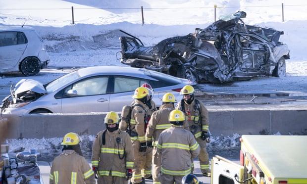 200 phương tiện đâm liên hoàn trên đường cao tốc, ít nhất 2 người thiệt mạng, 40 người bị thương - Ảnh 4