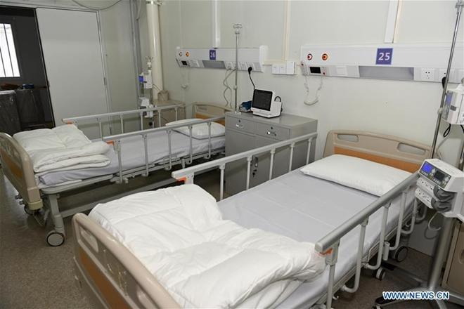 Có gì tại bệnh viện dã chiến được xây dựng thần tốc trong 10 ngày ở Vũ Hán? - Ảnh 11