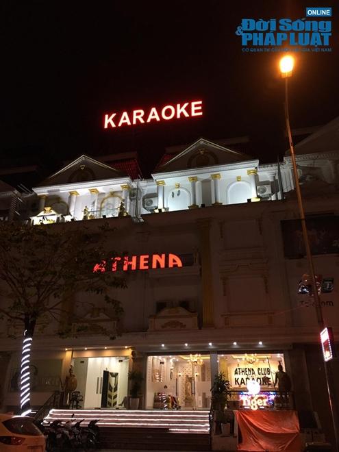 Hà Nội: Nhiều quán bar, karaoke dừng hoạt động, nơi vẫn mở cửa trong cảnh đìu hiu - Ảnh 3