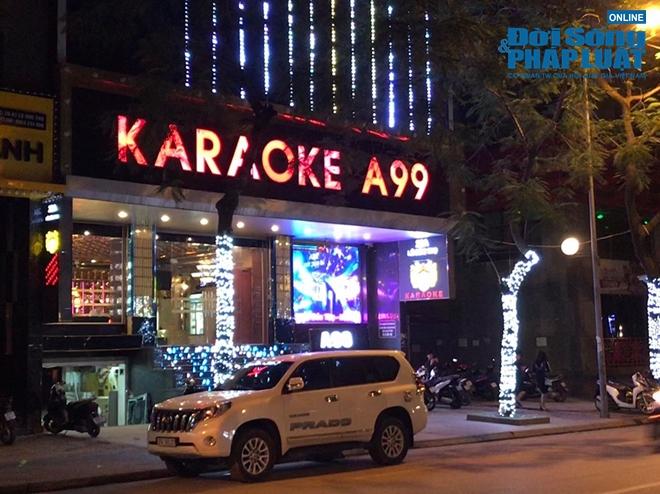 Hà Nội: Nhiều quán bar, karaoke dừng hoạt động, nơi vẫn mở cửa trong cảnh đìu hiu - Ảnh 10