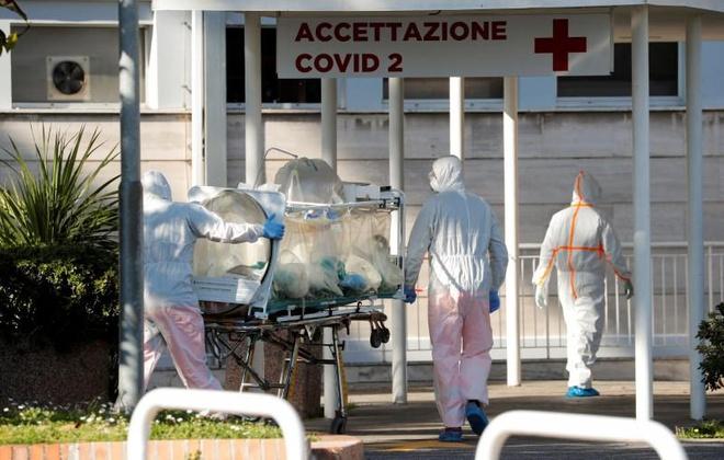Dịch Covid-19 bùng phát mạnh tại Italy, tổng số ca tử vong vượt Trung Quốc - Ảnh 1