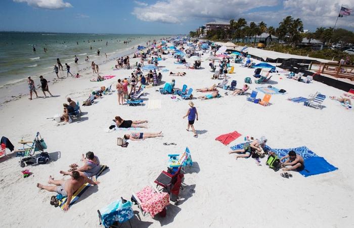 Người dân phớt lờ mọi cảnh báo về dịch Covid-19, Australia đóng cửa bãi biển nổi tiếng tại Sydney - Ảnh 11