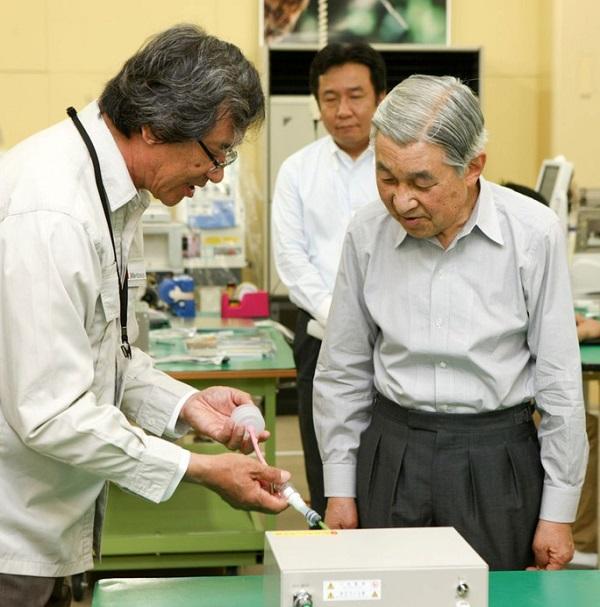 Nhà khoa học sáng chế máy thở dạng không xâm lấn dành riêng cho Việt Nam - Ảnh 2