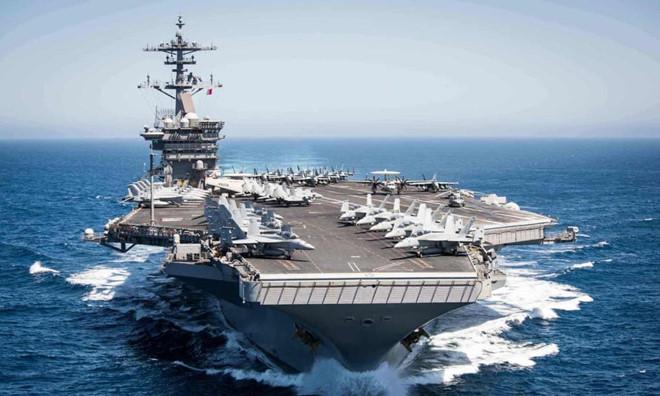 Mất kiểm soát về số ca nhiễm Covid-19, thuyền trưởng tàu sân bay Mỹ kêu cứu - Ảnh 1