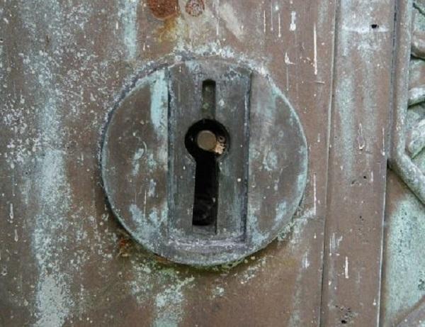 Bí ẩn lăng mộ cổ tại Anh: Cỗ máy du hành thời gian và chiếc chìa khóa bị thất lạc - Ảnh 3