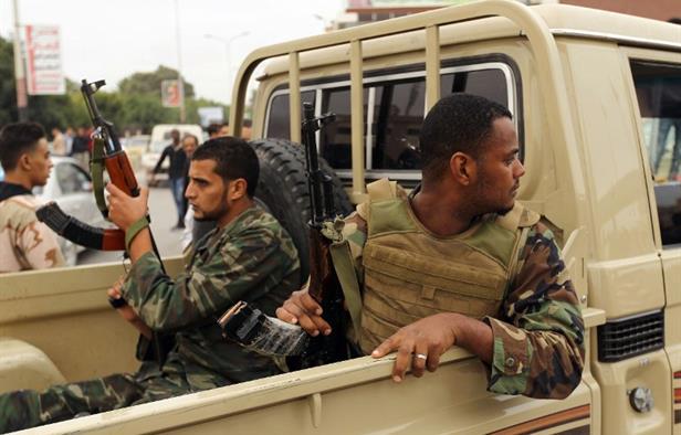 Chiến sự Libya: LNA bắt giữ kẻ buôn người khét tiếng và loạt lính đánh thuê Syria - Ảnh 1