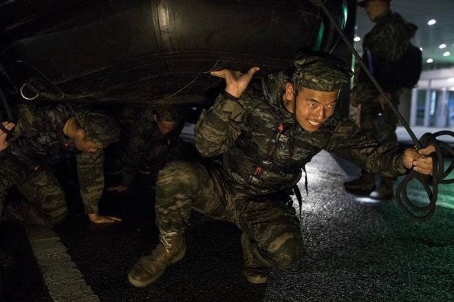 """Thủy quân lục chiến Hàn Quốc: Nơi tạo nên những """"con sói biển"""" nguy hiểm  - Ảnh 6"""
