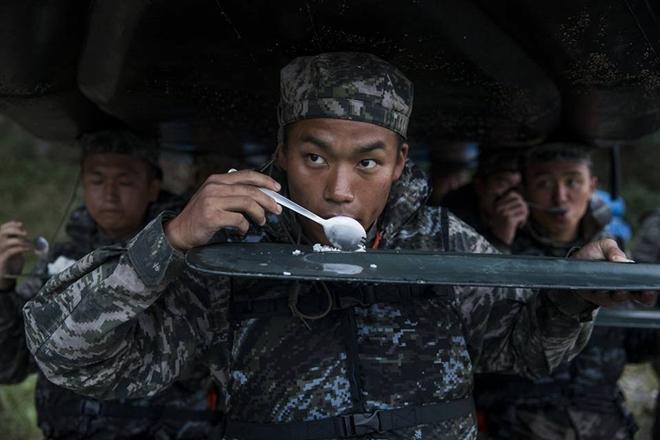 """Thủy quân lục chiến Hàn Quốc: Nơi tạo nên những """"con sói biển"""" nguy hiểm  - Ảnh 7"""