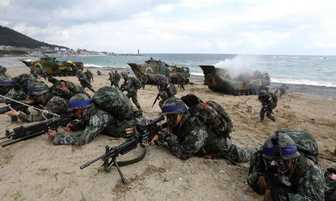 """Thủy quân lục chiến Hàn Quốc: Nơi tạo nên những """"con sói biển"""" nguy hiểm  - Ảnh 9"""