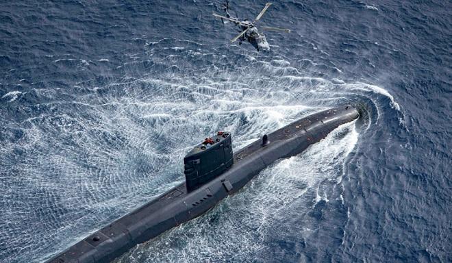 Tổ chức tiệc tùng giữa đại dịch, chỉ huy tàu ngầm Anh đối mặt với việc bị tước chức vụ - Ảnh 1