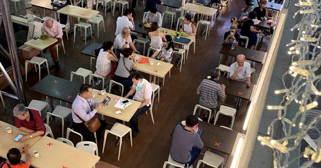 """Chống dịch Covid-19 """"một mình một kiểu"""", Singapore đối mặt nguy cơ """"vỡ trận""""? - Ảnh 3"""