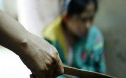 Khánh Hòa: Vợ đi nhậu về khuya bị chồng đâm tử vong - Ảnh 1