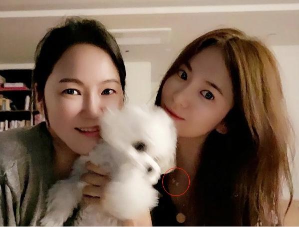 Rầm rộ chuyện Song Hye Kyo lộ bằng chứng tái hợp cùng Hyun Bin - Ảnh 1