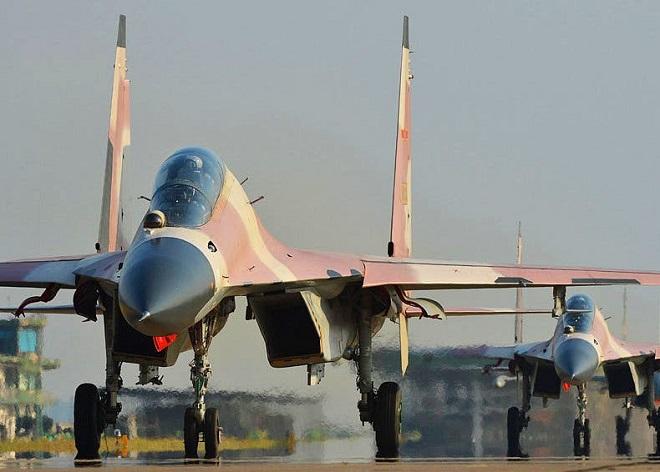 Có gì trong căn cứ quân sự khổng lồ của không quân Trung Quốc trên sa mạc Gobi? - Ảnh 2