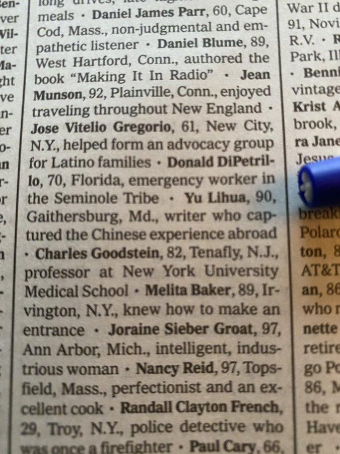 Dành trang nhất để viết tên nạn nhân tử vong do Covid-19, New York Times khiến độc giả không khỏi xót xa - Ảnh 2