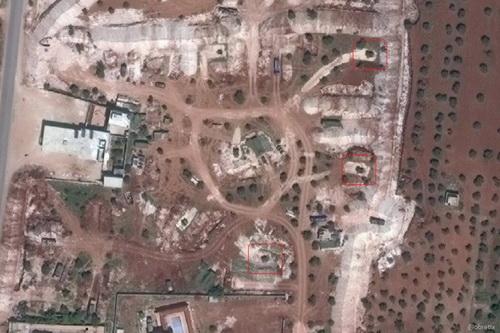"""Tin tức quân sự mới nóng nhất ngày 25/5: Xe bọc thép Mỹ chặn đường quân cảnh Nga ở """"chảo lửa"""" Syria - Ảnh 3"""