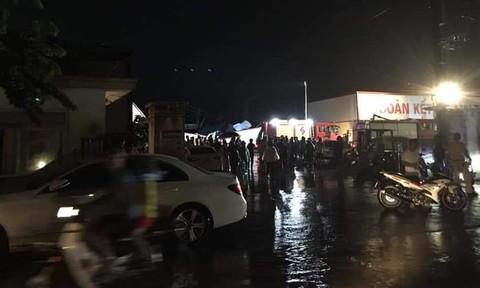 Vĩnh Phúc: Lốc xoáy kinh hoàng làm sập nhà xưởng khiến ít nhất 3 người thiệt mạng - Ảnh 3