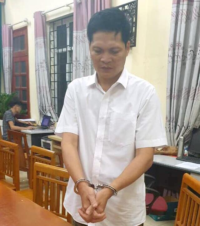 Hà Nội: Bắt đối tượng vờ mua rồi trộm gần 15 chỉ vàng  - Ảnh 1