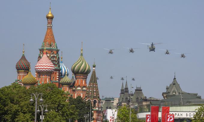 14.000 binh sĩ cùng hàng trăm khí tài tham gia duyệt binh mừng 75 năm chiến thắng phát xít tại Nga - Ảnh 2