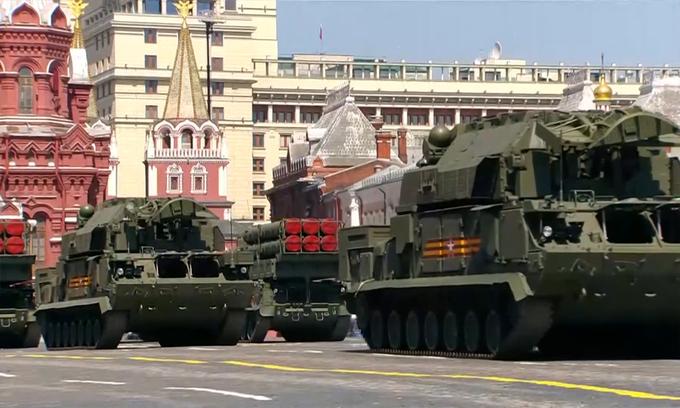 14.000 binh sĩ cùng hàng trăm khí tài tham gia duyệt binh mừng 75 năm chiến thắng phát xít tại Nga - Ảnh 10