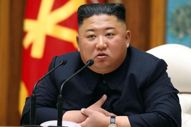 Ông Kim Jong-un bất ngờ tuyên bố hoãn hành động quân sự lên Hàn Quốc - Ảnh 1
