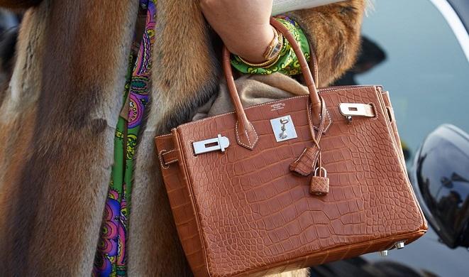 Xét xử đường dây làm túi Hermès giả, một đối tượng thường trú tại Việt Nam - Ảnh 2