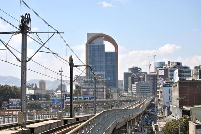 Cận cảnh đường sắt trên cao do Tập đoàn Trung Quốc xây dựng ở Ethiopia, đã có lãi 3 triệu USD - Ảnh 2