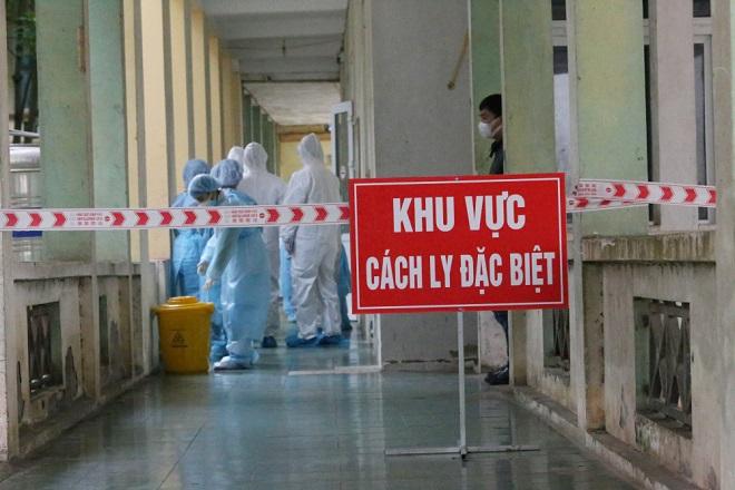 Thêm 1 trường hợp mắc COVID-19 trở về từ Nga, Việt Nam có 373 ca - Ảnh 1