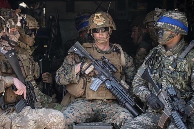 """Nghị sỹ Mỹ chỉ trích dự định rút quân đội khỏi Hàn Quốc là """"vô trách nhiệm"""" - Ảnh 1"""