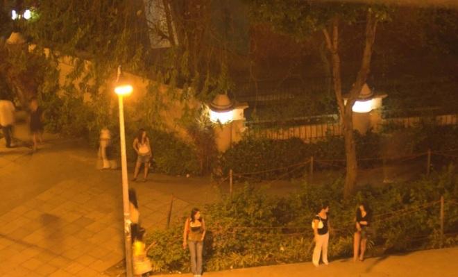 """Phố đèn đỏ khét tiếng tại Singapore: Nhà chứa phải được cấp phép, gái mại dâm có """"thẻ vàng đặc biệt"""" - Ảnh 1"""