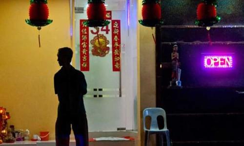 """Phố đèn đỏ khét tiếng tại Singapore: Nhà chứa phải được cấp phép, gái mại dâm có """"thẻ vàng đặc biệt"""" - Ảnh 2"""