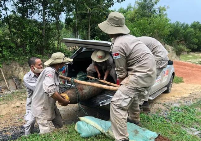 Quảng Nam: Phát hiện quả bom 250kg khi đào móng nhà - Ảnh 1