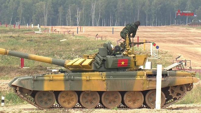 Đội tuyển xe tăng Việt Nam xuất sắc dẫn đầu trong trận ra quân tại Army Games - Ảnh 1