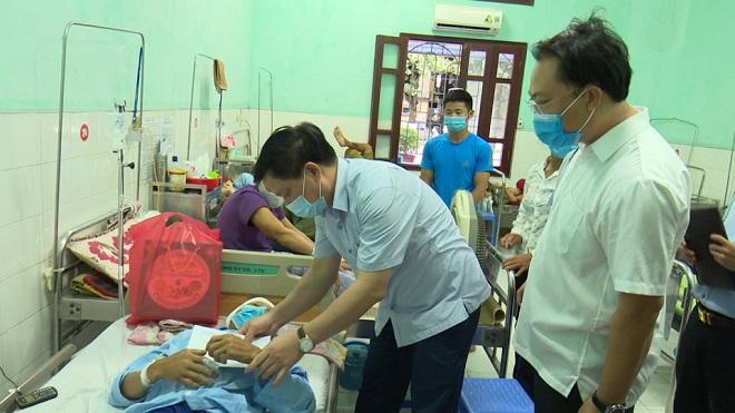 Sập mái nhà đang thi công khiến 4 người thương vong: UBND tỉnh Thái Bình chỉ đạo làm rõ nguyên nhân - Ảnh 1