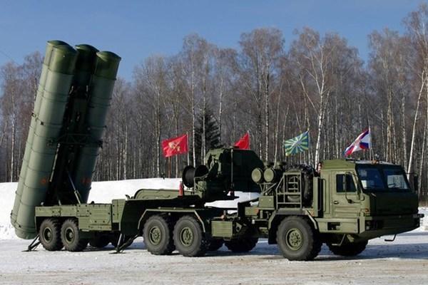 """Nga tiết lộ đang mua linh kiện nhằm sản xuất hàng loạt siêu """"rồng lửa"""" bất bại S-500 - Ảnh 1"""