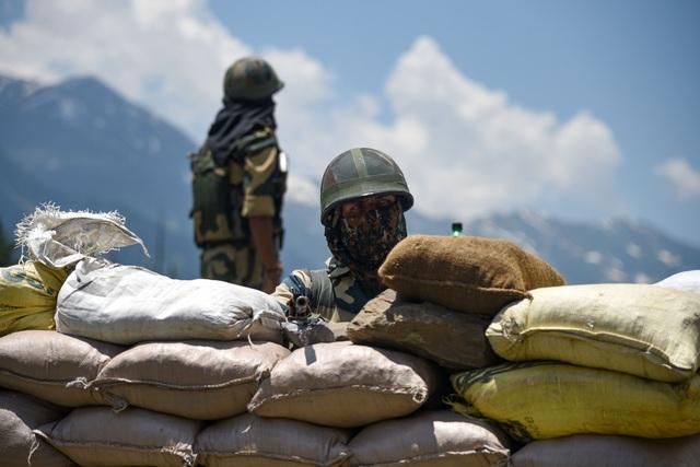Ấn Độ cáo buộc Trung Quốc 'khiêu khích' ở biên giới tranh chấp, gây bùng phát căng thẳng mới - Ảnh 1