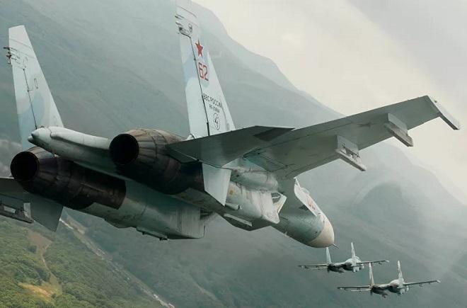 """""""Hổ mang chúa"""" Su-27 đánh chặn máy bay Thụy Điển, Đan Mạch và Đức trên vùng biển Baltic - Ảnh 1"""
